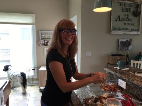 picking crab meat